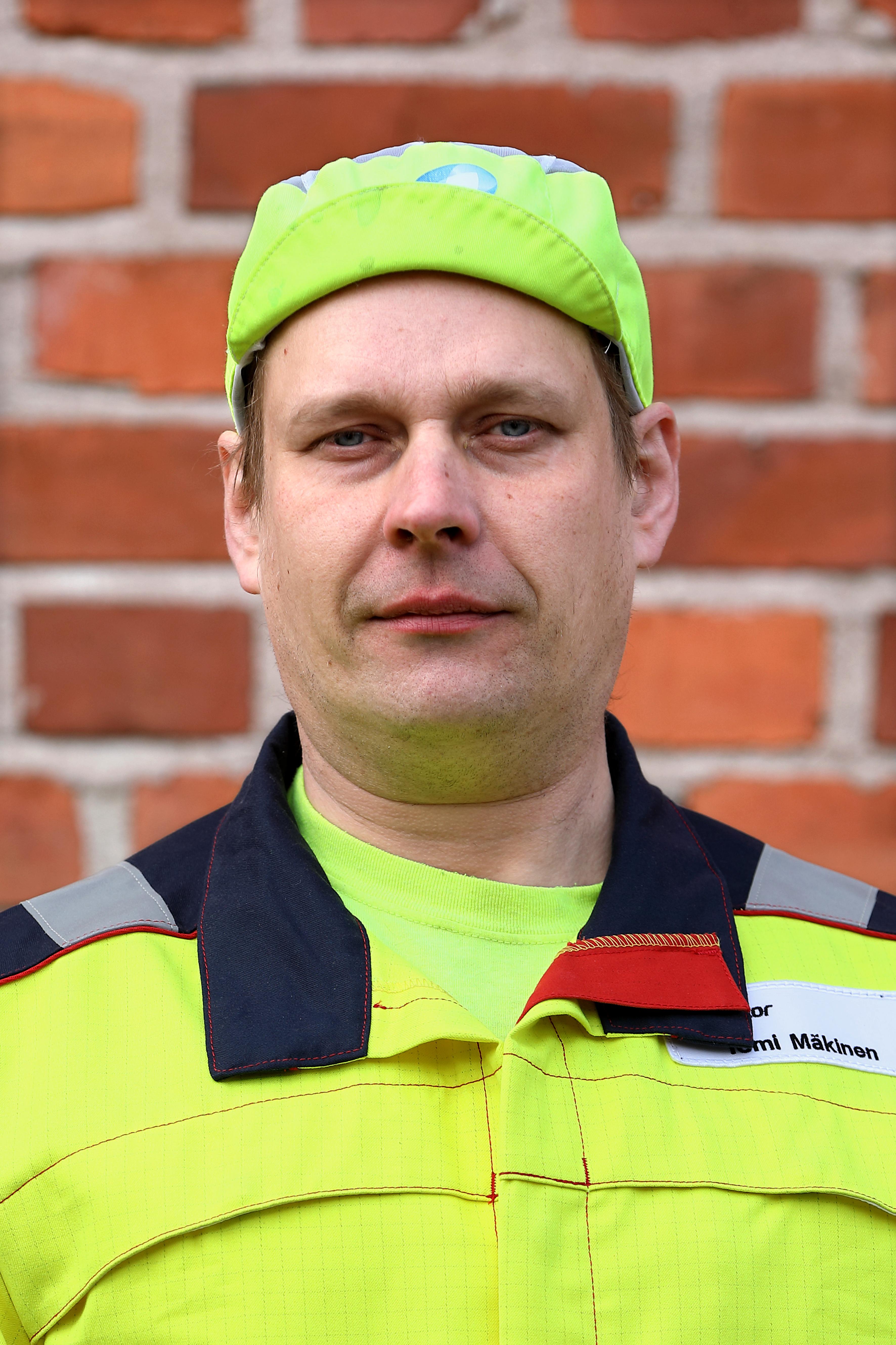 Tomi Mäkinen on työskennellyt painajana Amcor Flexibles Oy:ssä Kauttualla.